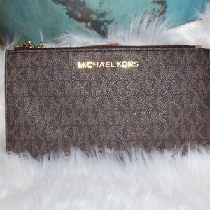 Michael Kors Double zip leather wallet
